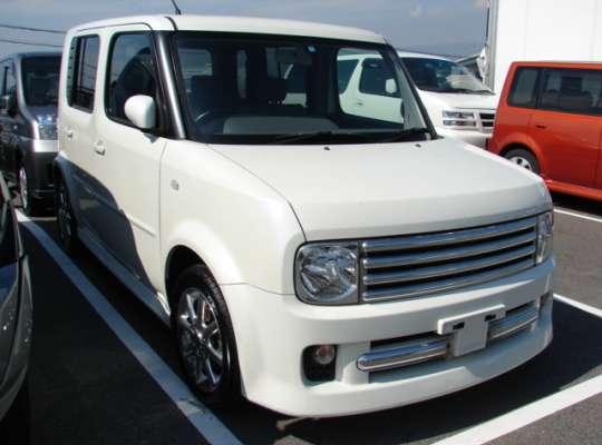 Nissan Cube Z11