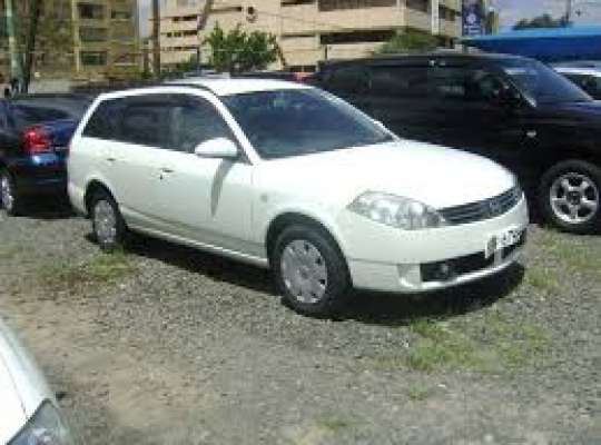 Nissan AD (VFY11)