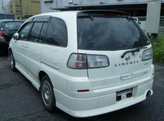 Nissan Liberty M12