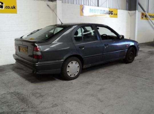 Nissan Primera (P10)