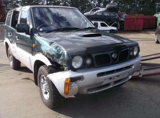 Nissan Terrano II R20