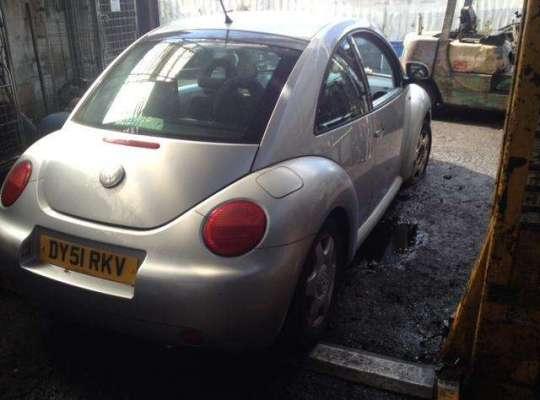 Volkswagen NEW Beetle (9C)