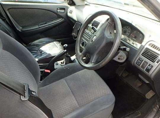 Toyota Avensis I