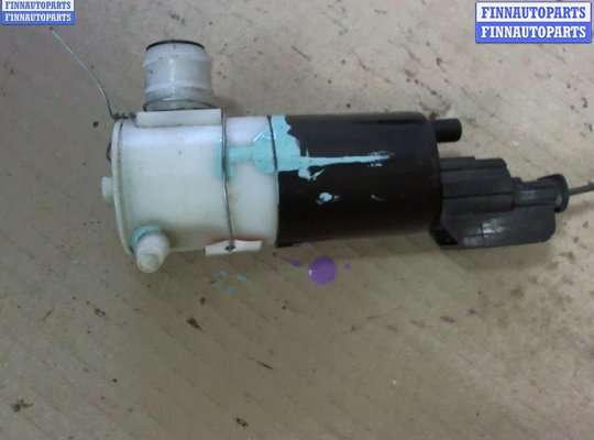 Двигатель омывателя на Dodge Neon II