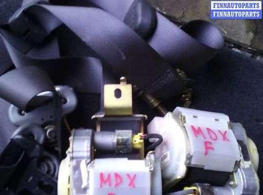 Ремень безопасности на Acura MDX (YD1)
