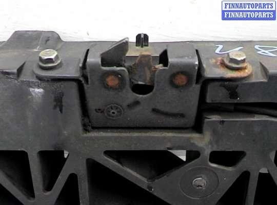 Панель передняя (телевизор) на Renault Grand Scenic III
