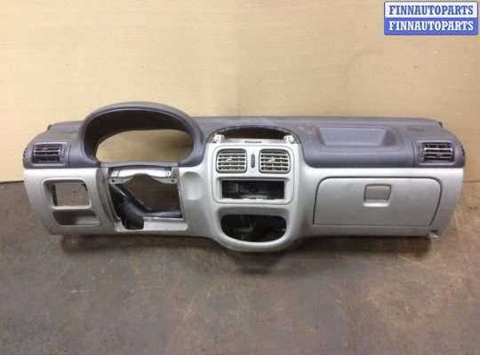 Панель передняя салона (Торпедо) на Renault Clio II