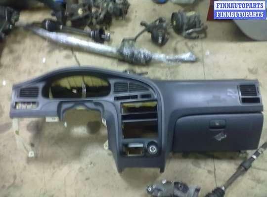 Панель передняя салона (Торпедо) на Hyundai Elantra III (XD +ТАГАЗ)
