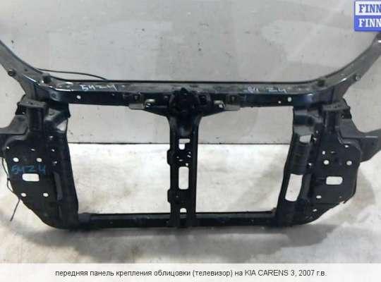 Панель передняя (телевизор) на Kia Carens III