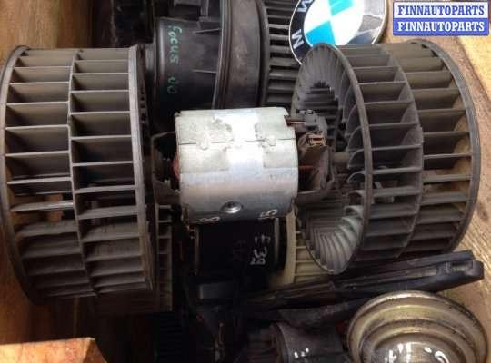Мотор отопителя (печки) на BMW 7 (E32)