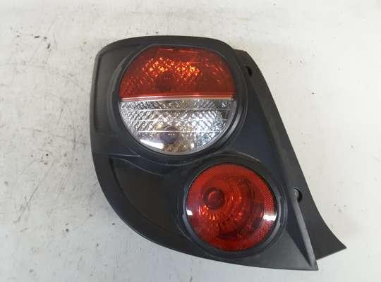 купить Фонарь задний на Chevrolet Aveo II (T300)