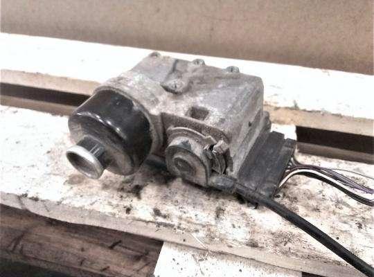 купить Сервопривод (электромотор) кикдауна АКПП с тросиком. на Mazda 323 (BA) 323C/ 323F/ 323S/ 323P