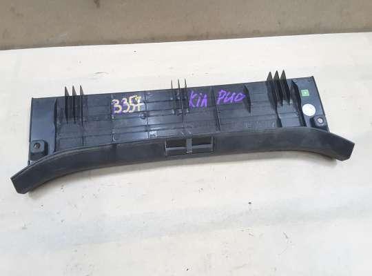 купить Накладка задней панели (замка) багажника на Kia Rio I (DC)