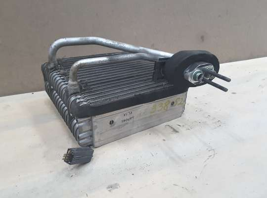 Радиатор отопителя (печки) на Kia Rio I (DC)