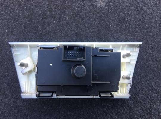 купить Блок управления (фарами) светом на BMW 3 (E90/E91/E92/E93)