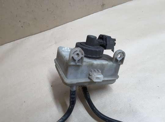 купить Бачок главного тормозного цилиндра на Nissan Almera II N16