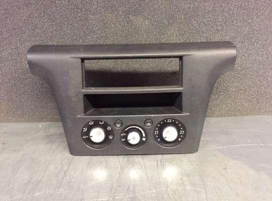 купить Блок управления климат-контроля на Mitsubishi Outlander I (CU)