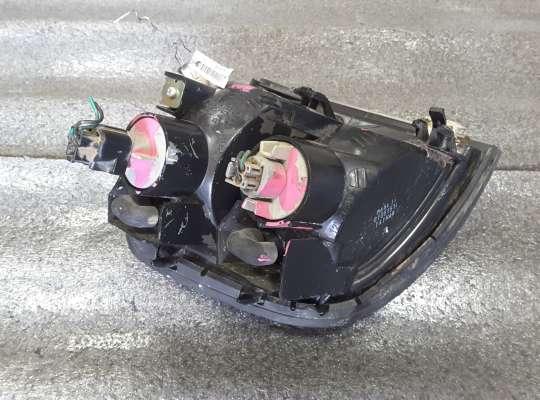 купить Поворотник передний на Mitsubishi Pajero II