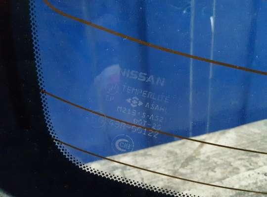 купить Стекло заднее на Nissan Almera II N16
