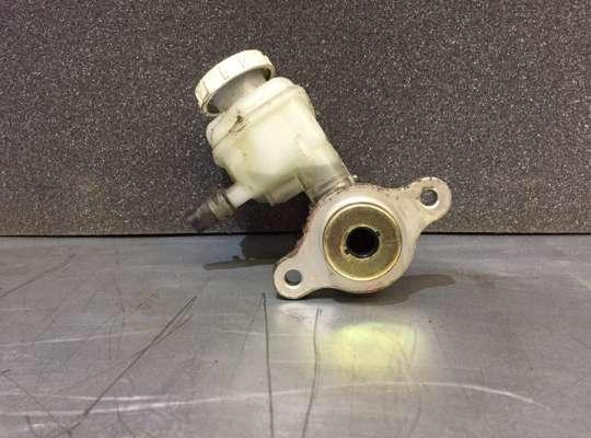 купить Главный тормозной цилиндр (ГТЦ) на Mitsubishi Lancer IX