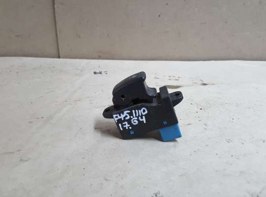 купить Кнопка стеклоподъемника на Kia Rio I (DC)