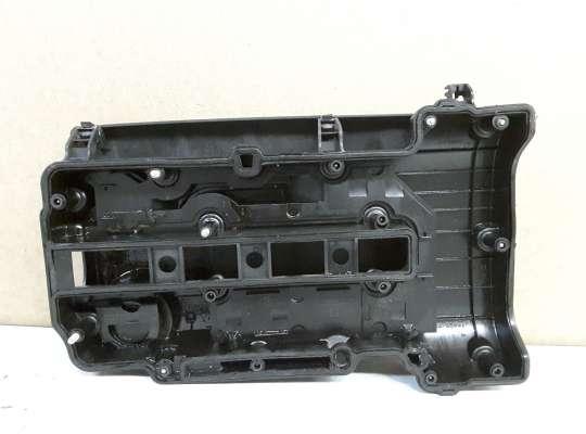 Крышка клапанная (крышка головки блока)