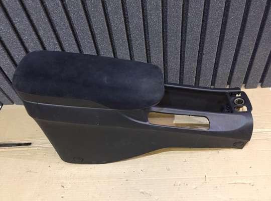 купить Подлокотник на Honda Civic VIII (4D, 5D)