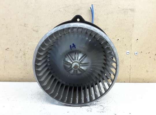 купить Мотор отопителя (печки) на Toyota Avensis II