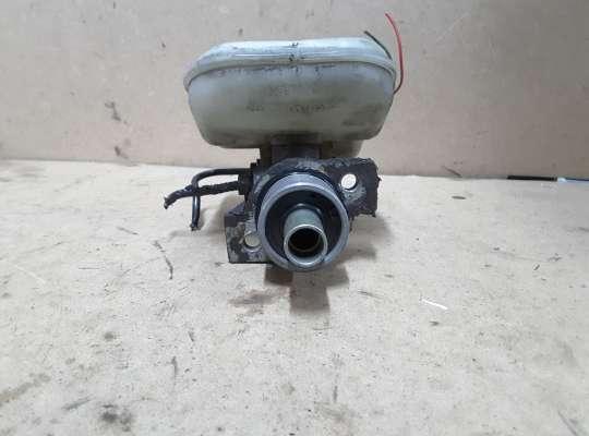 купить Главный тормозной цилиндр (ГТЦ) на Citroen Xsara (N1)