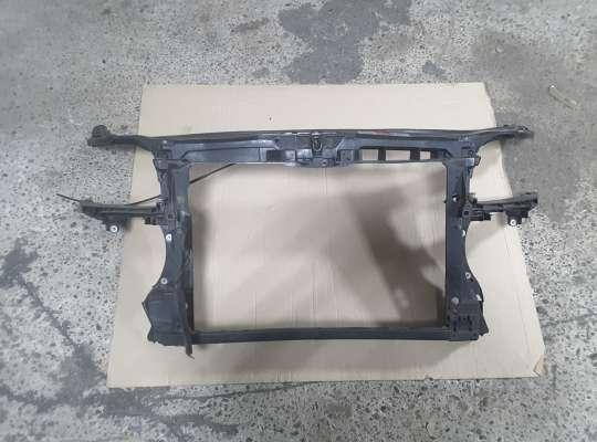 купить Панель передняя (телевизор) на Audi A3 (8P)