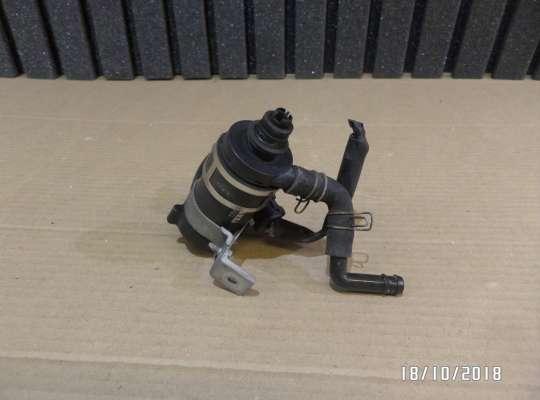 купить Моторчик (насос) омывателя на Honda CR-V II (RD_)