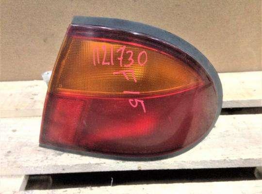купить Фонарь задний на Mazda 323 (BA) 323C/ 323F/ 323S/ 323P