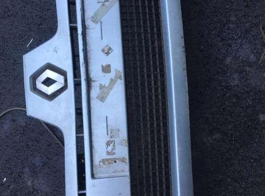 купить Бампер передний на Renault Clio II