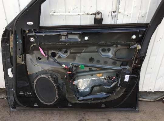 купить Дверь боковая на Chrysler 300C I (LX)