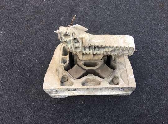 купить Подушка ДВС на Renault Master III