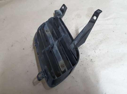 купить Решетка радиатора на Nissan Almera II N16