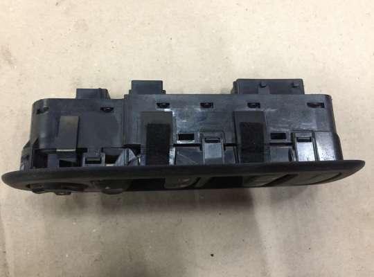 купить Блок управления стеклоподъёмниками на Citroen C5 II (X7)