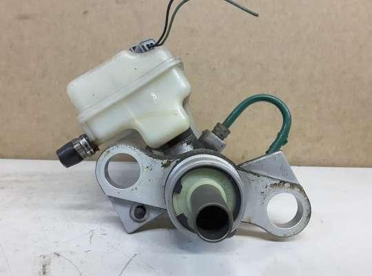 купить Главный тормозной цилиндр (ГТЦ) на Renault Scenic II