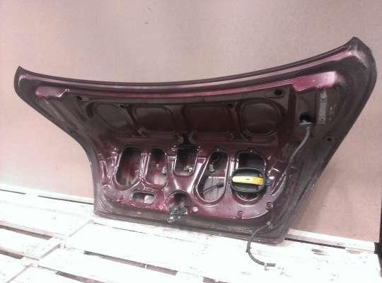 купить Крышка багажника на Hyundai Elantra III (XD +ТАГАЗ)
