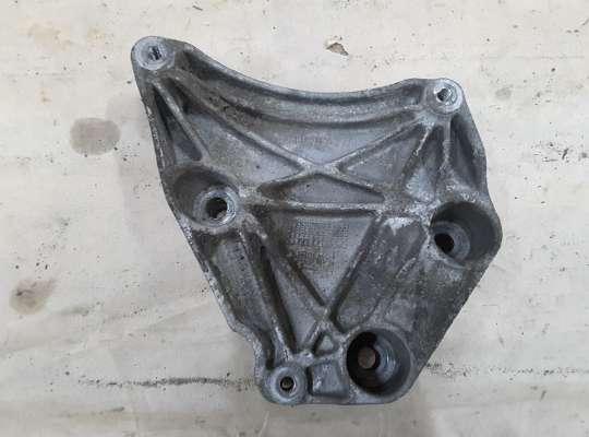 купить Кронштейн компрессора кондиционера на Opel Zafira A