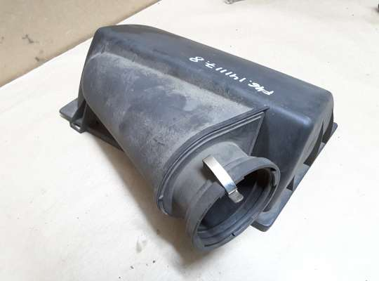 купить Корпус воздушного фильтра на Mercedes-Benz E (W210)