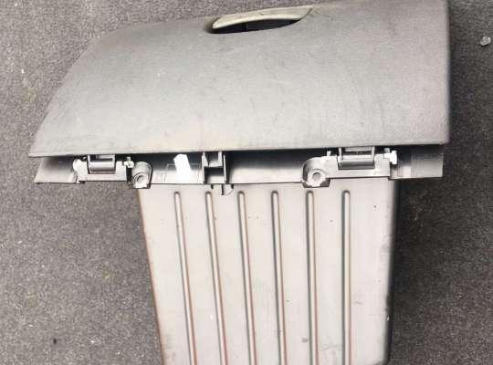 купить Бардачок (вещевой ящик) на Renault Master III