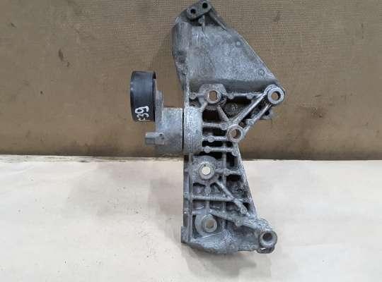 купить Кронштейн генератора и кондиционера на Renault Megane II