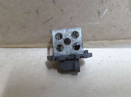 купить Резистор (реостат) вентилятора радиатора на Renault Kangoo I (KC_)