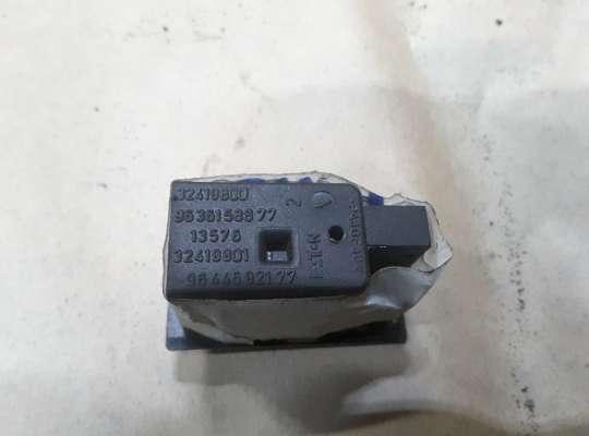купить кнопка обогрева сидений на Citroen C5 I