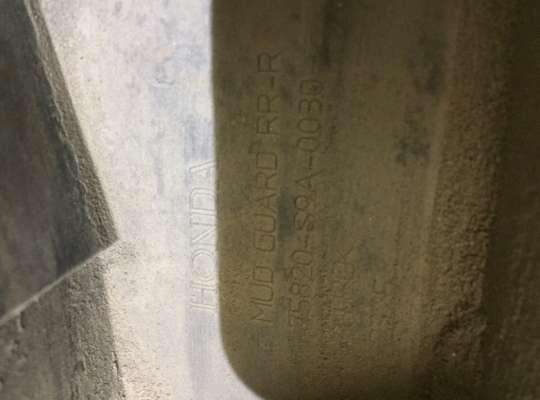 купить Брызговик колеса (резиновый) на Honda CR-V II (RD_)