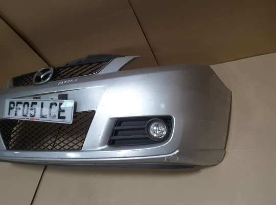 купить Бампер передний на Mazda 5 I