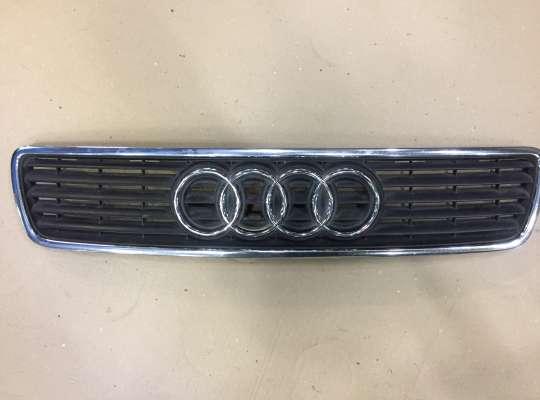 купить Решетка радиатора на Audi A4 (8D, B5)
