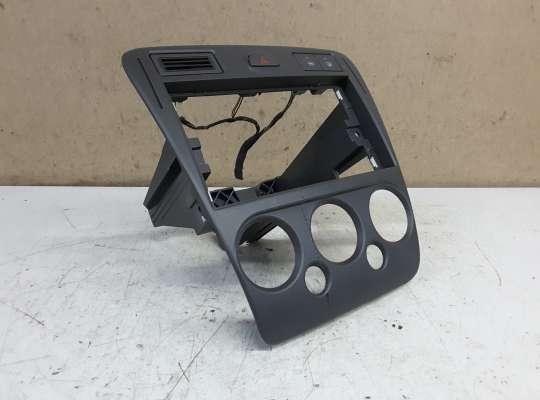 купить Рамка магнитолы на Ford Fusion (JU)