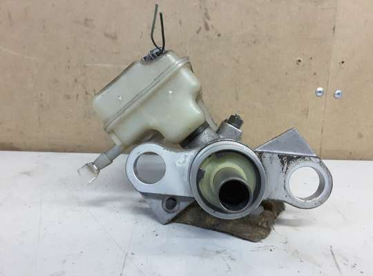 купить Главный тормозной цилиндр (ГТЦ) на Renault Grand Scenic II